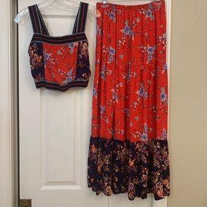Maxi skirt and matching crop top